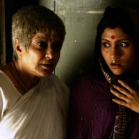 GOYNAR BAKSHO / THE JEWELLERY BOX (Dir. Aparna Sen, 2013, India) - Ghost Stories